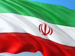 Spectaris Verband Newsletter US Sanktionen gegen Iran Flagge